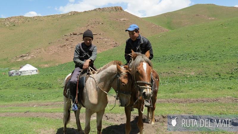 Lago Song-Kol Kirguistán (10)