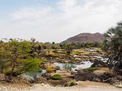 Track along the Kunene river