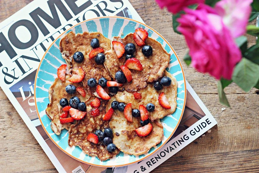 Gluten free vegan banana pancake recipe the little magpie
