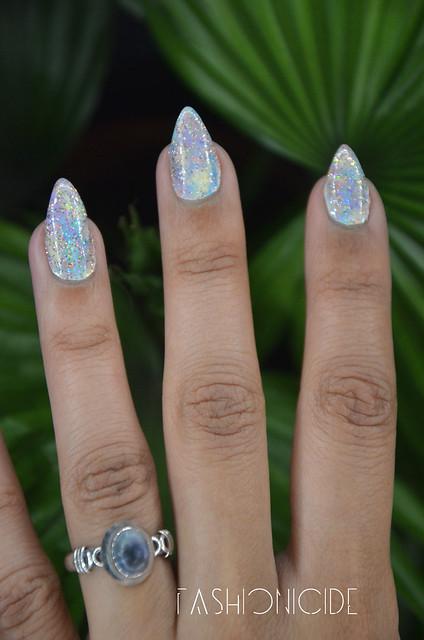 Pastel-Galaxy-Nails-2