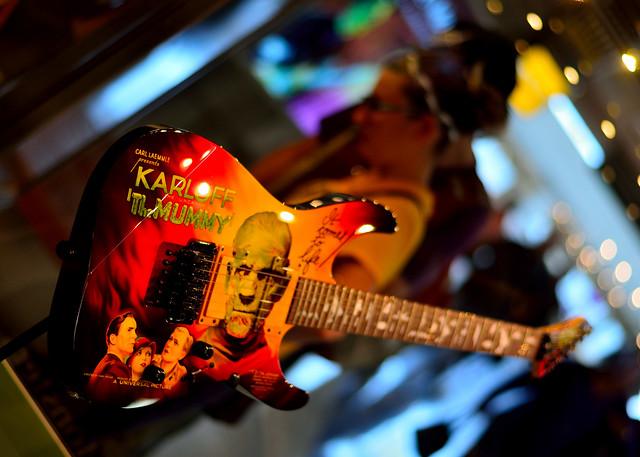 Mummy Guitar