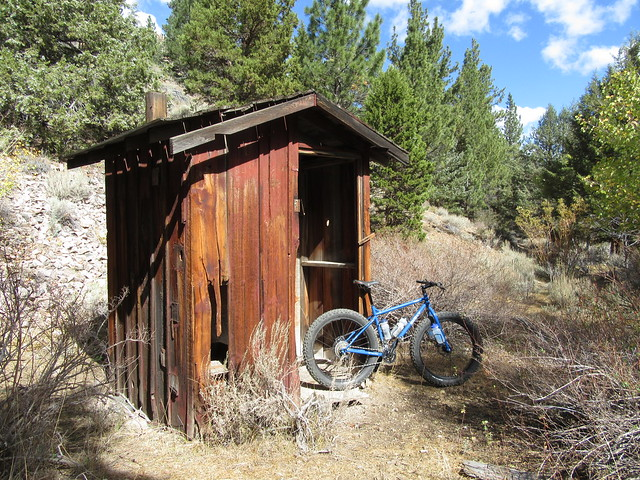 Ride to Kirman and Poore Lakes