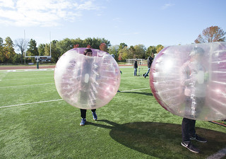Students, Alumni Catch School Spirit at College of DuPage Homecoming 2015