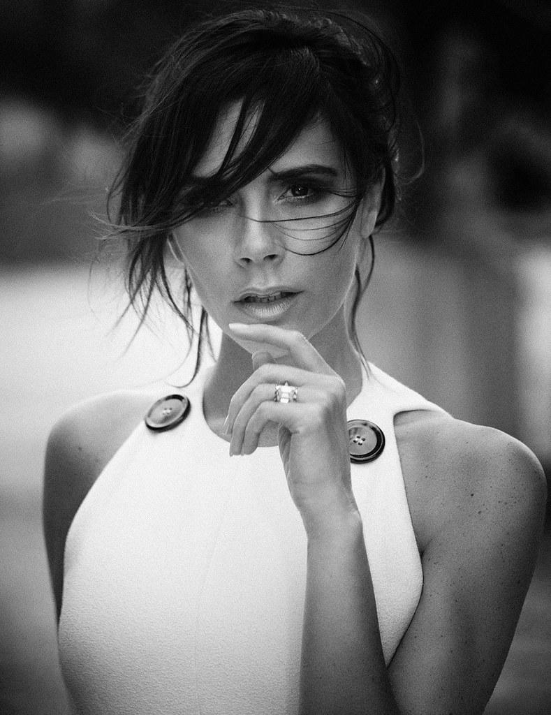 Виктория Бекхэм — Фотосессия для «Vogue» DE 2015 – 12