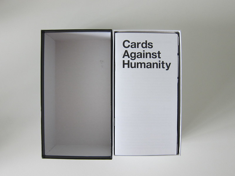 Cards Against Humanity - Box Open