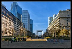 Puteaux_La Defance_Esplanade de La Défense_France