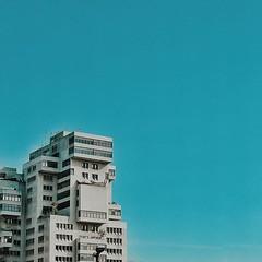 Centro Empresarial del Este - Chacao - Caracas | #ccs #ccses #caracas #chacao #wwpw2015 #photowalkccs #photowalk #worldwidephotowalk #efawalk #centroempresarialdeleste #minimal #minimalista_ve #minimalismo #minimalist #arquiterctura #edificios #urban #urb