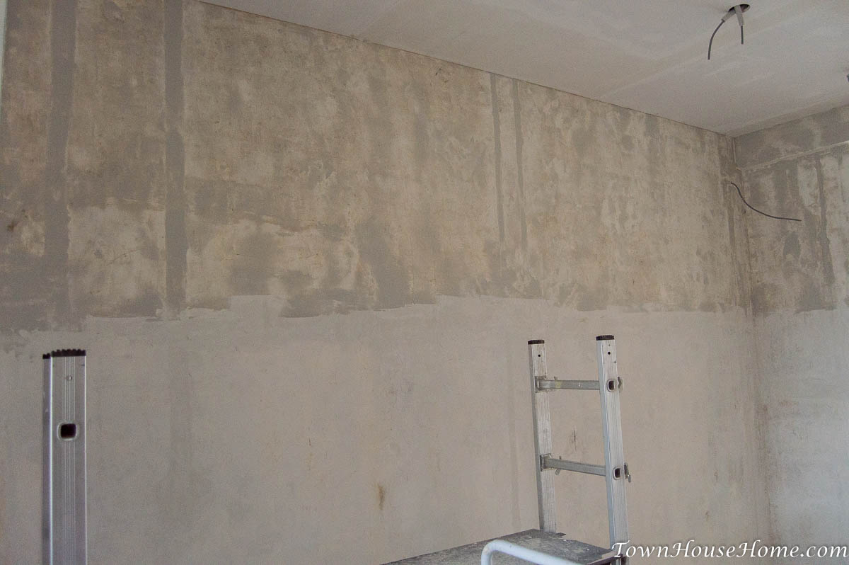 Wall finish with filler mud