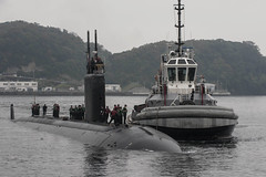USS Charlotte (SSN 766) prepares to moor at Fleet Activities Yokosuka on Tuesday. (U.S. Navy/MC2 Brian G. Reynolds)