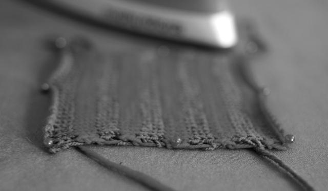 breton-swatch-grey