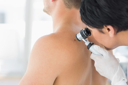 Dr. Joel Schlessinger discusses five reasons to see a dermatologist