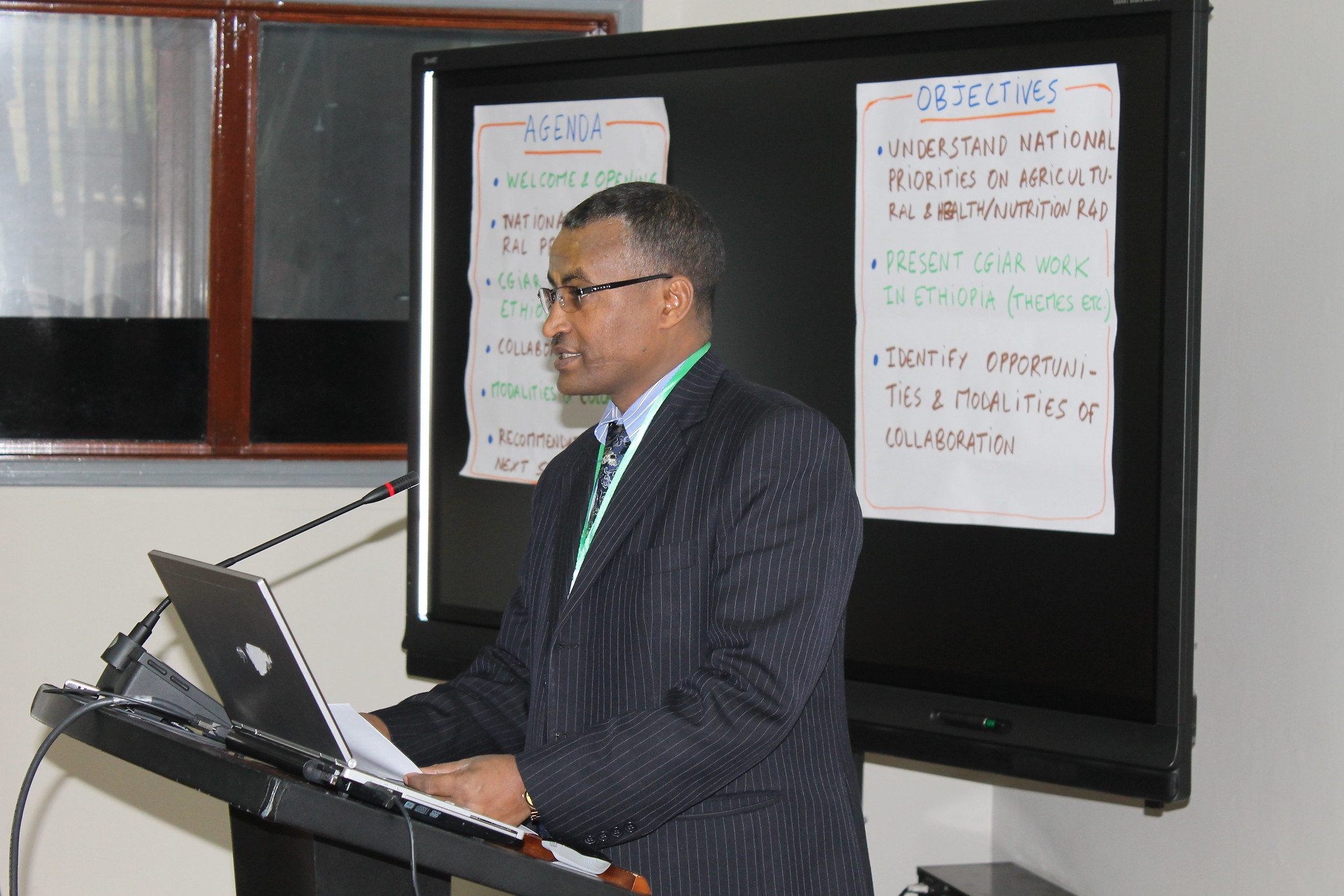 Dr Gebregziabher Gebreyohannes, Ethiopia State Minister of Livestock and Fishery for Livestock opens the consultation meeting
