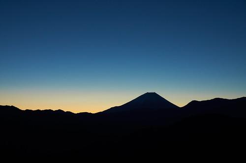 Silhouette of Mt.Fuji (2)