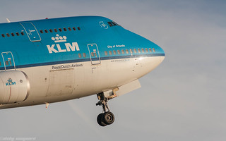 KLM 747-400 PH-BFO rocketing out of Amsterdam Airport