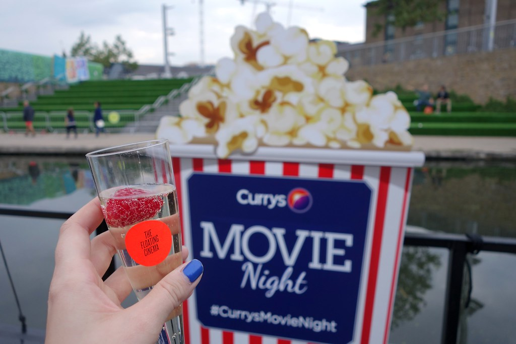 Currys Movie Night, Cinema on a Barge, Mean Girls Screening, The Floating Cinema, London