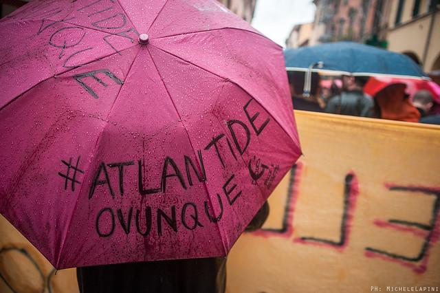 Corteo #AtlantideOvunque