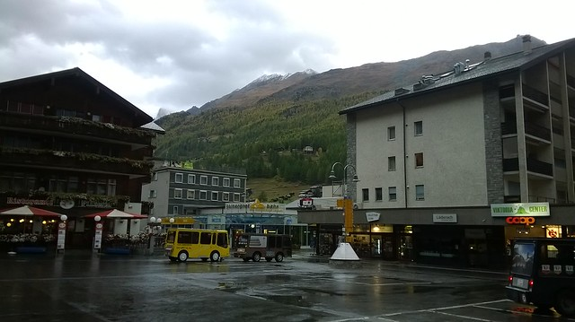 Morning in Zermatt outside Bahnhaus