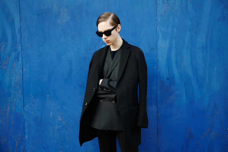 mikkoputtonen_fashionblogger_london_frenncompany_turo_guidomaggi_rafsimons_flared_acnestudios_frame_sunglasses4_web