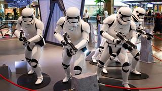 Changi_Star_Wars_The_Force_Awakens_14