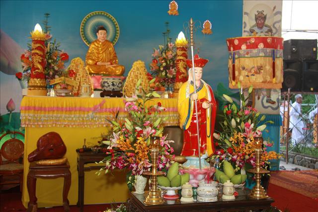 Phật tử tại gia nên trì tụng kinh nào là tốt nhất ?