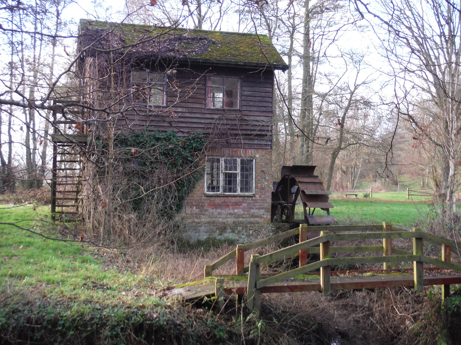 Old Mill across River Enborne SWC Walk 34 Newbury Racecourse to Woolhampton (Midgham Station)