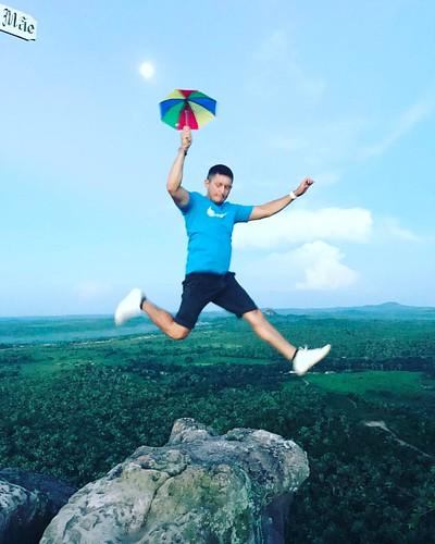 ⛱gopro #goprobrasil #goprovicio #goproes #goprobr #goprouniverse #goprolife #pulo #awesomelifestyle #beahero #pictures #bomdia #selfie #nike #brasil #tbt #calvinklein #viralata #cachorro #salto #goprodog #goodlife #goprohero #instaboy #relax #amazing #sol