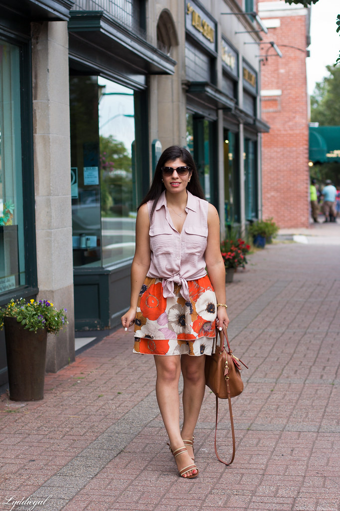 floral skirt, knotted button down, brown bag.jpg
