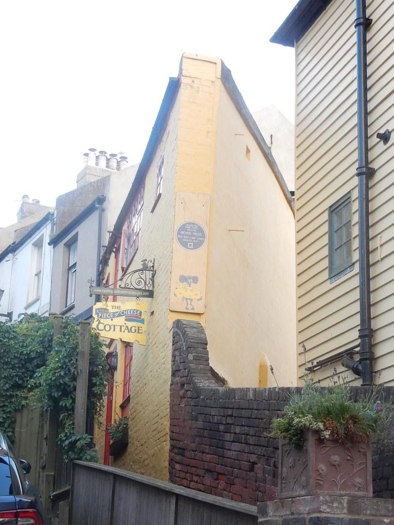 Unusual house Winchelsea to Hastings