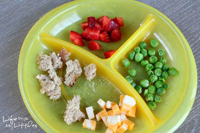 How to prevent your baby from becoming a picky eater. Great ideas to make sure your child doesn't become a picky eater!