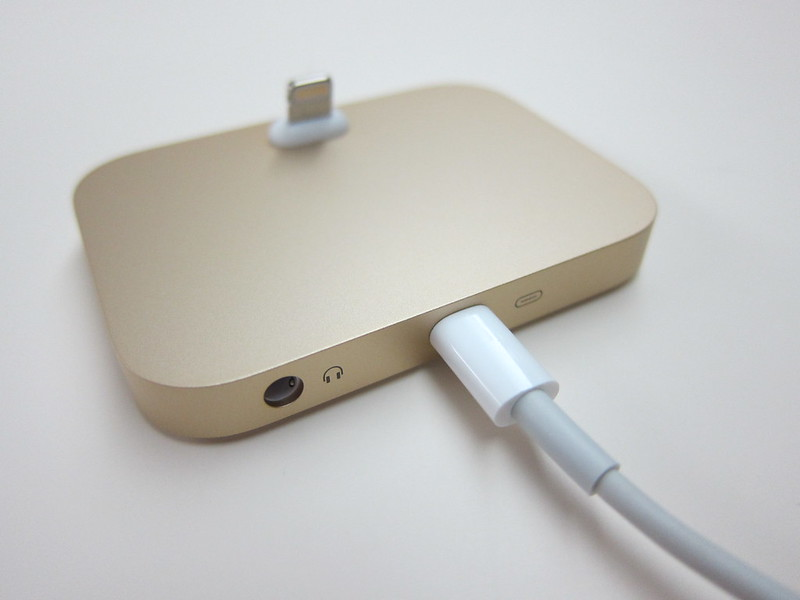 Apple iPhone Lightning Dock (Gold) - Lightning Cable Plugged In