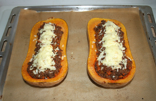 40 - Stuffed butternut pumpkin - Finished baking / Gefüllter Butternuss-Kürbis - Fertig gebacken