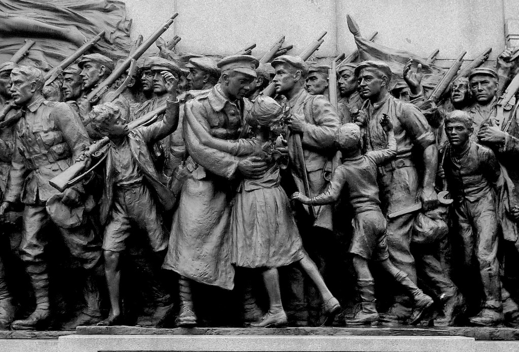 'The Response', World War I Memorial, Barras Bridge