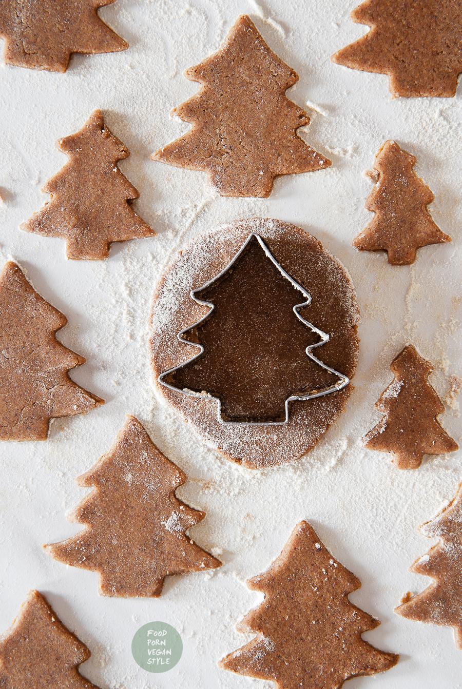 Gluten-free & vegan gingerbread cookies