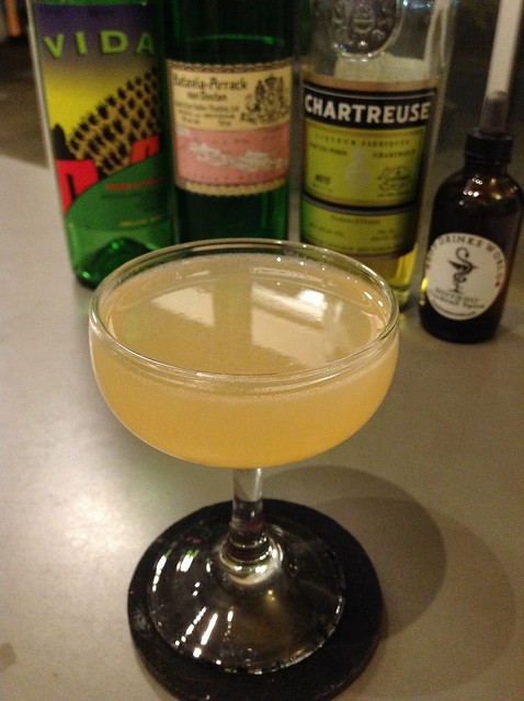 Arrackiri (Damien Aries) with batavia arrack, lime juice, agave syrup, yellow Chartreuse, Vida mezcal, Boy Drinks World serrano tincture #cocktail #cocktails #craftcocktails #bataviaarrack #mezcal #experimentalcocktailclub