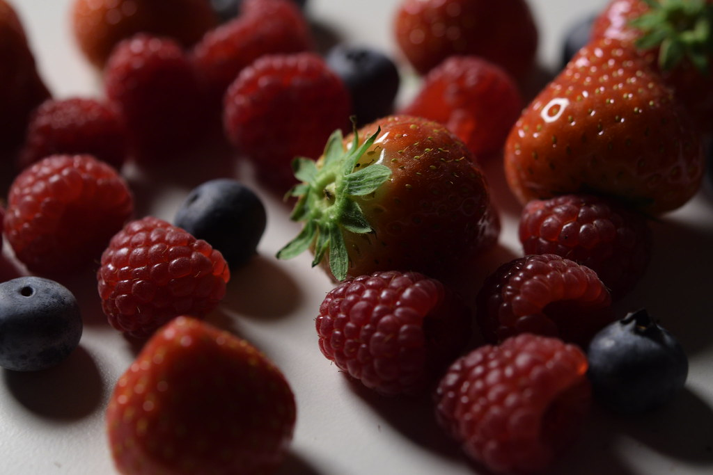 Curry's Food Photography: Berries