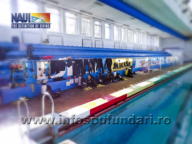 fotografii cursuri scufundari - sedinta bazin
