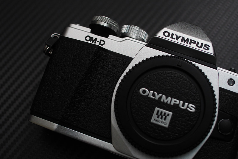 E-M10 Mark II MKII|Olympus