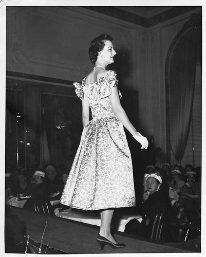 Eleanor Dickinson Junior League Fashion Show San Francisco 1955