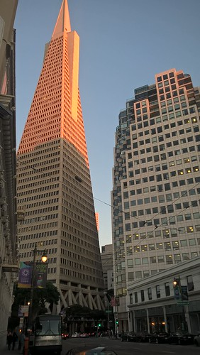 Ese edificio tan alto del centro.