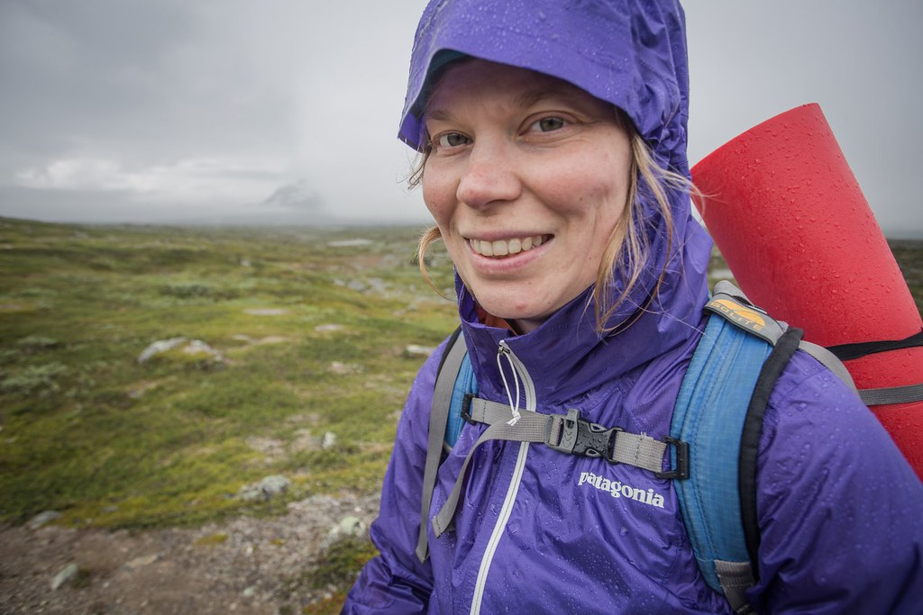 Happy when it rains? You bet! Patagonia Alpine Houdini Jacket. 180grams of rain protection. Lappland. Troms. Norway. #7monthspregnantinpicture #6kgbackpack