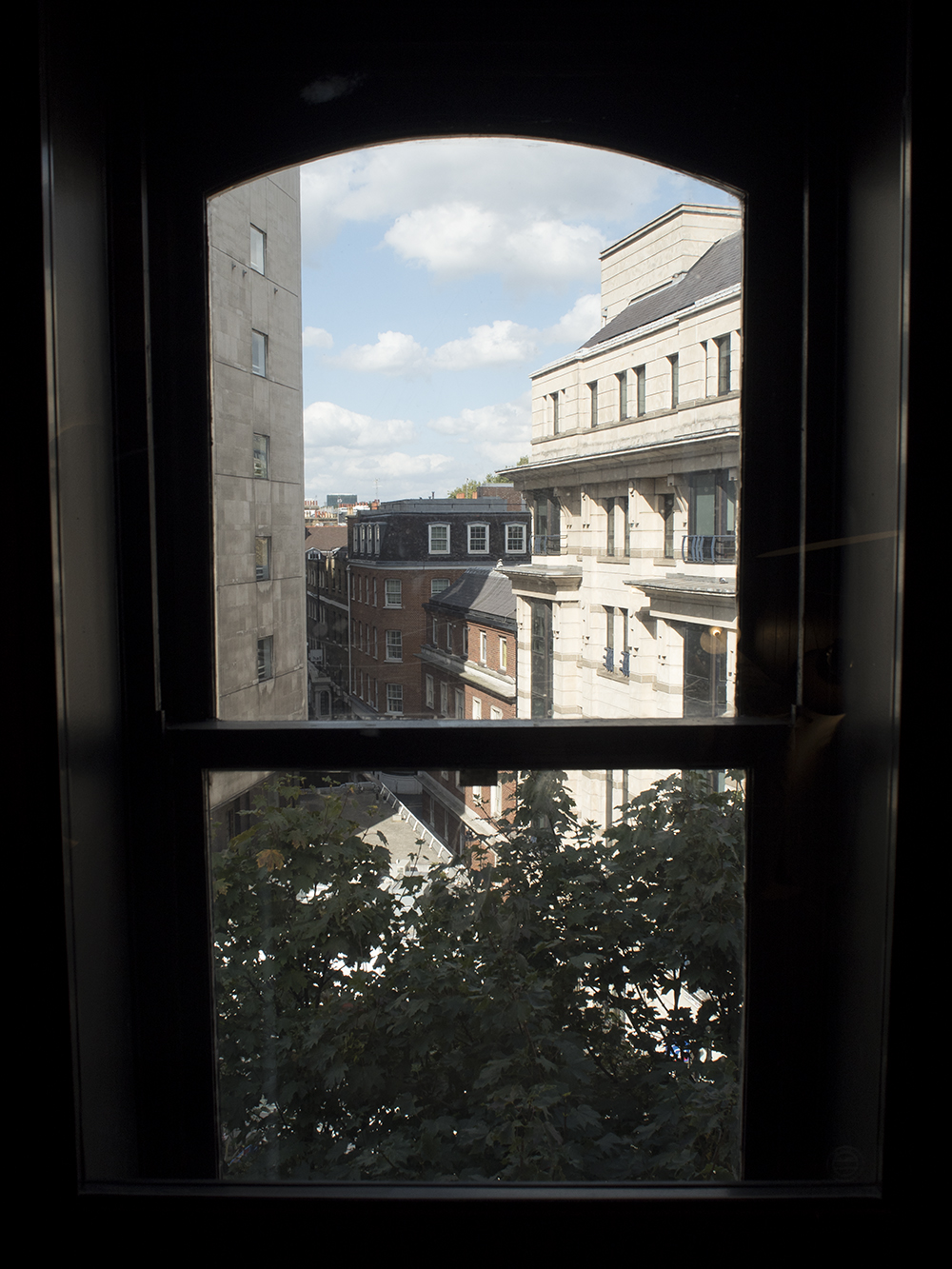 hoxton-hotel-london-room-view