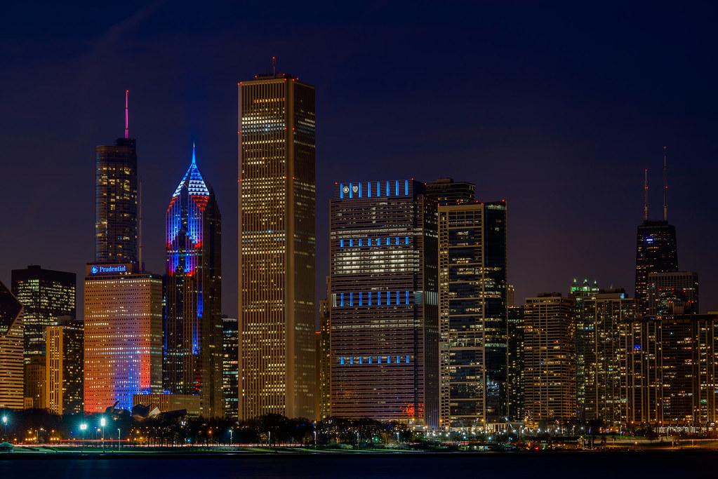 Chicago supports Paris