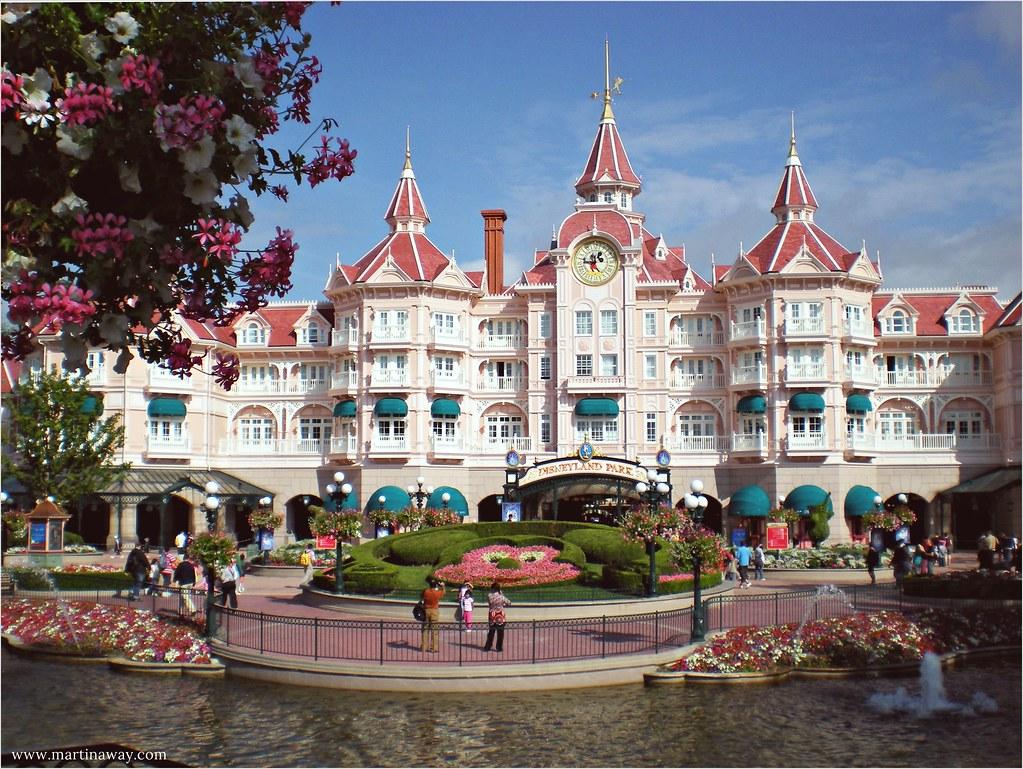 Camere Disneyland Paris : Disneyland paris: la sua magia e le attrazioni da non perdere
