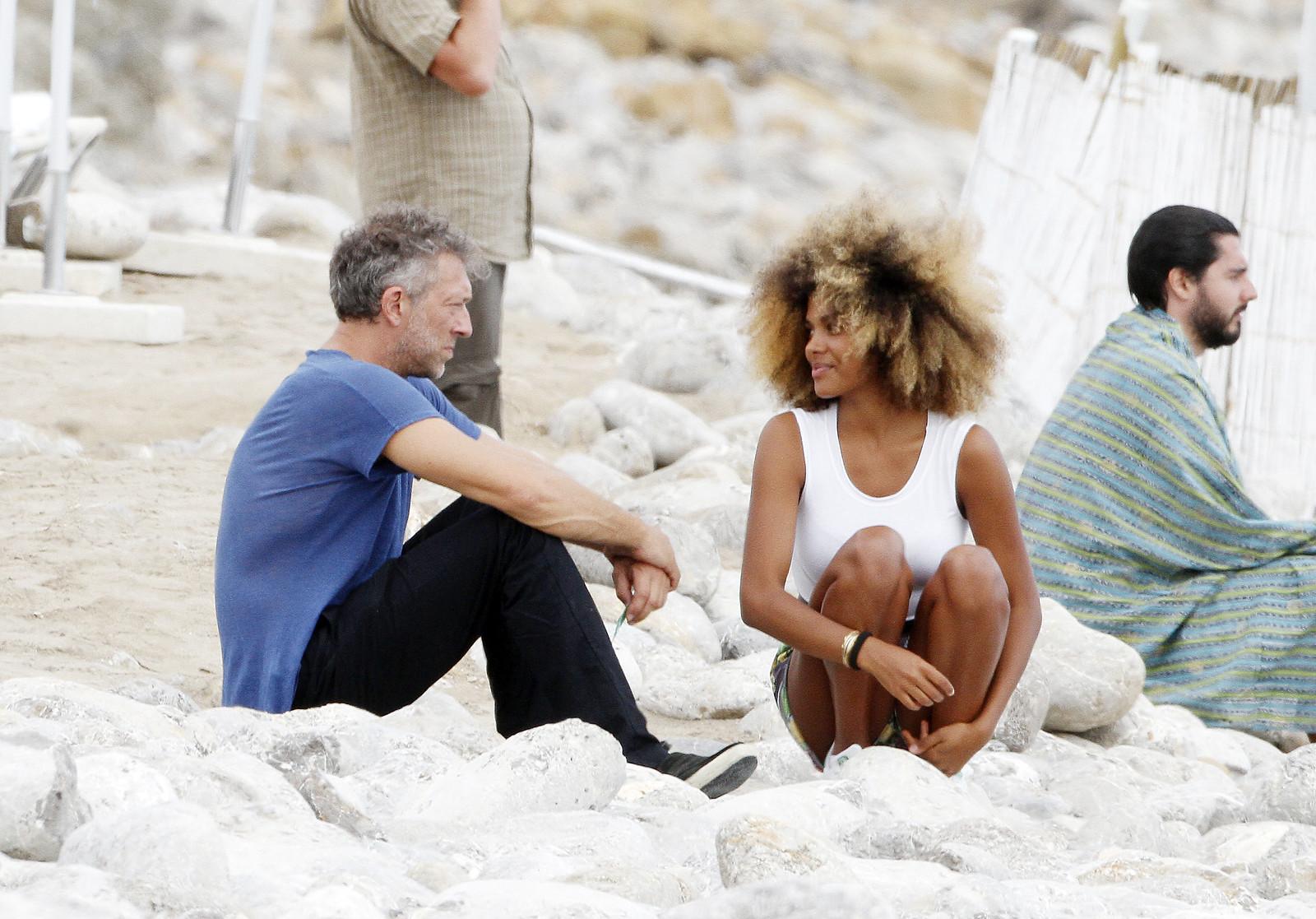 Vincent Cassel beccato a Ibiza in compagnia di una bellissima ...