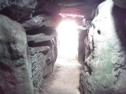 West Kennett Long Barrow, looking back to the Entrance