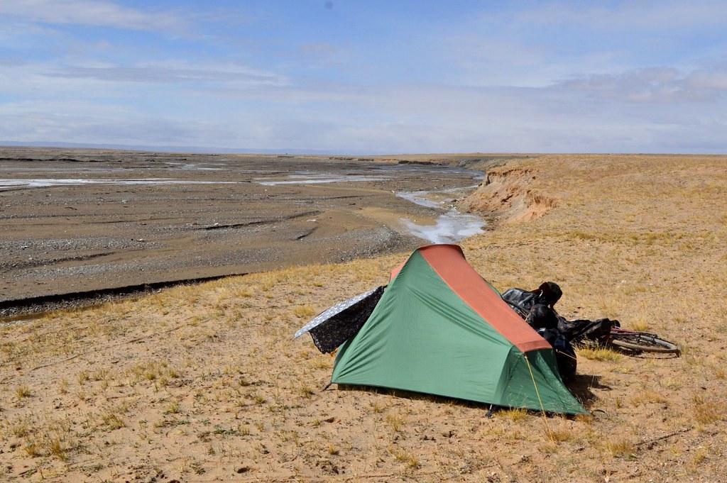 Camping at 4000+m in Qinghai