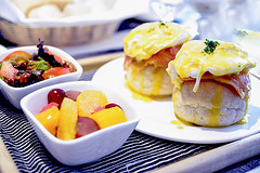 Bread with egg benedict and ham