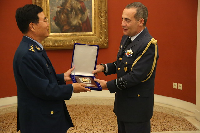 Official Visit of Chinese PLA National Defence University Delegation in Athens