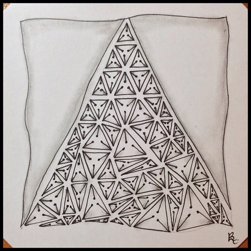 Zentangle 112 for The Diva's Challenge #244