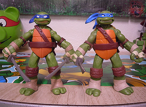 "Nickelodeon ""HISTORY OF TEENAGE MUTANT NINJA TURTLES"" FEATURING LEONARDO - Nick LEONARDO iii / ..with Nick Leo '12 (( 2015 ))"